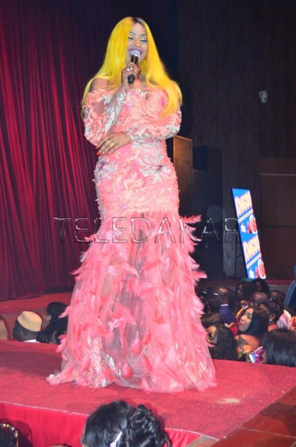 (15 Photos) Soirée Sargal jigueen: Mbathio Ndiaye et sa robe khaar na soirée….  %Post Title