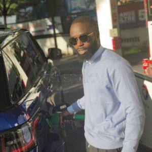 Photos: Le fils de Idrissa Seck avec une très belle voiture de luxe  %Post Title