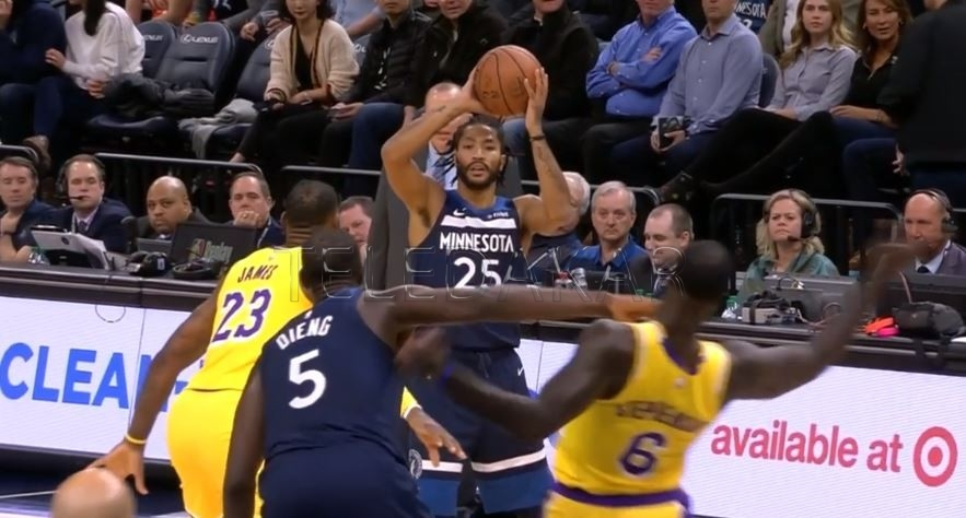 """NBA: Regardez cette faute technique """"de jeunesse"""" de Gorgui Sy Dieng sur un… (photos)"""