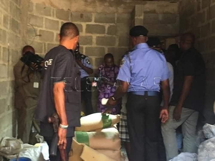 Photos - Gambie : Des gens utilisés le lasso pour fabriquer de faux médicaments et les vendent sur le marché sénégalais ...  %Post Title
