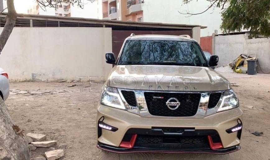 Vidéo- Prince Mbacké, petit fils de serigne Touba s'offre l'une des voitures de luxe les plus chères au monde  %Post Title