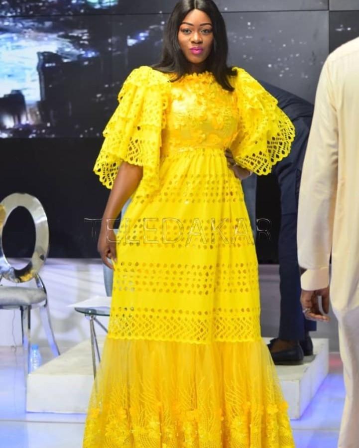 Photos - L'habillement de Bijou Ndiaye qui a illuminé QG hier  %Post Title