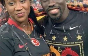 Can 2019 : La fille qui dorlote Pape Alioune Ndiaye…(photos)