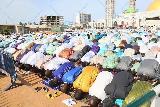 Les images de la célébration de l'Aid El Kebir à la mosquée Massalikoul Djinane...  %Post Title