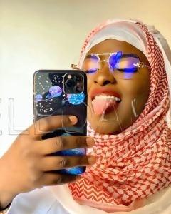 Abiba fait parler d'elle avec son nouveau look
