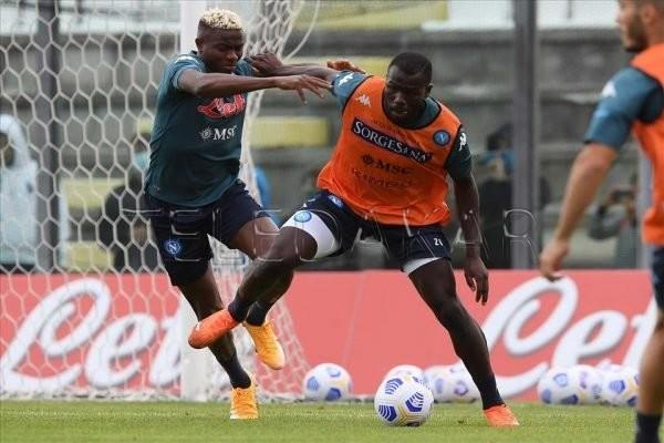 Naples : Les fans demandent à Koulibaly de ne pas aller à City